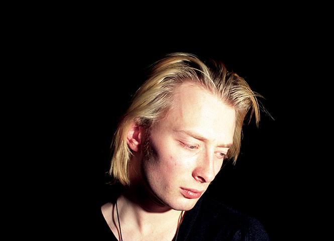 20 Vuotias Thom Yorke Ja Yhtyeens Headless Chickens Esitt High