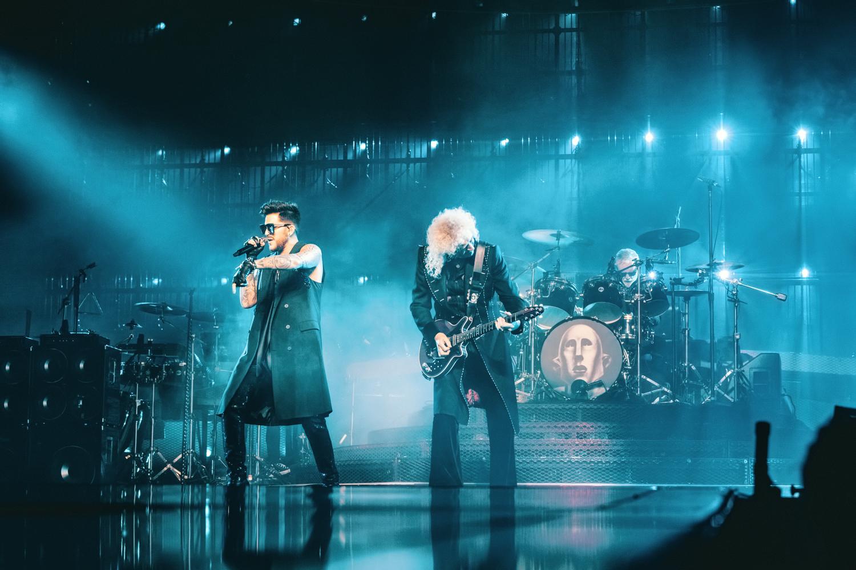 Queen + Adam Lambert esittelee livealbumiaan harvinaisella biisinäytteellä...