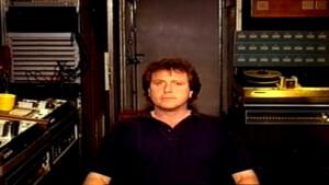 """""""Martin oli mentori, joka muutti tapaani laulaa"""" – Bruce Dickinson muisti Iron Maidenin edesmennyttä luottotuottajaa"""