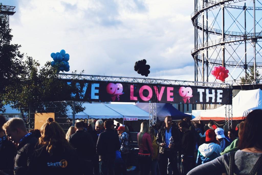 Lappuhaalareita, ärräpäitä ja nostalgiaa – We Love The 90's Festival 2014   29.–30.8. Helsinki ...